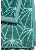 Jacquard-patterned bath towel - Petrol green - Home All | H&M CA 4